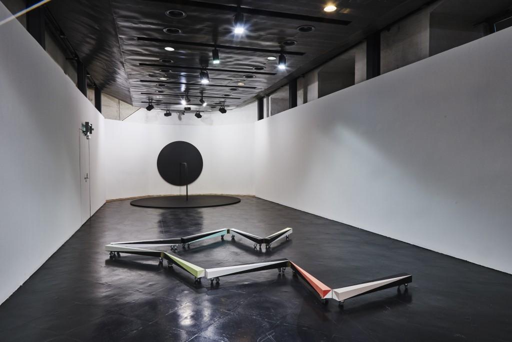 Garland, Kunsthaus Mürz, 2015    Foto: Peter Barci